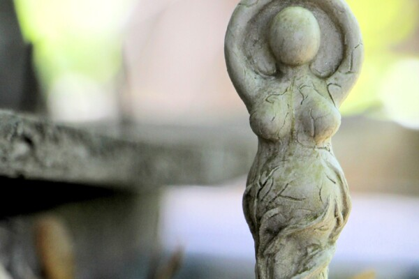 Domácí oltář – proč ho mít a jak na to?